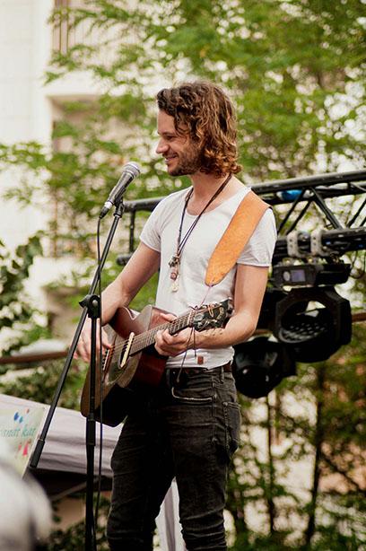 Allen Hulsey, 14 Eylül 2014